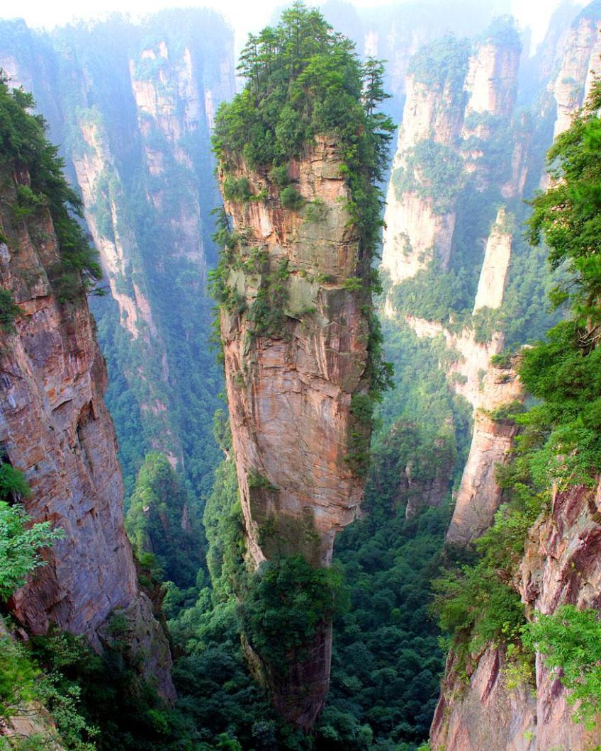 Tianzi Mountains, China / Image credits: Richard Janecki