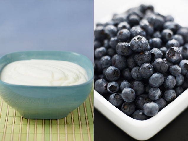 10-yoghurt-and-blueberries